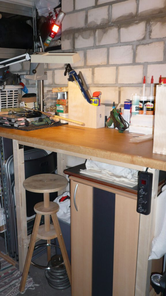 First selfbuilt workbench claiming 2 m².